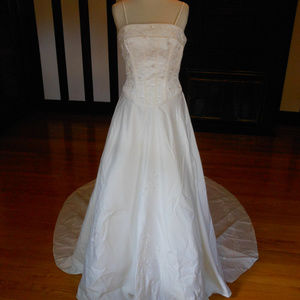 Sincerity Bridal Wedding Dress 2958